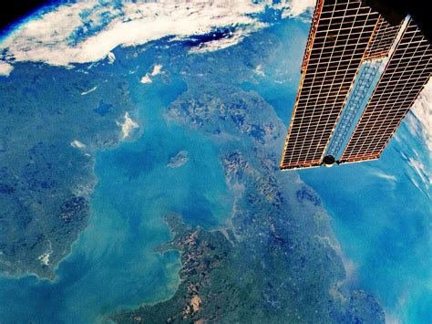 Nasa captures incredible photo of UK from space - ITV News