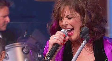 Ann Wilson Covers This Soundgarden Classic, And We're
